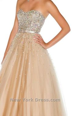 Maybe? Evening Dresses, Prom Dresses, Formal Dresses, Lace Ball Gowns, Guitar Girl, Mac Duggal, Irene, Bodice, Couture
