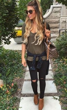Casual khaki tee with black ripped jeans