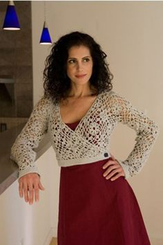 Knitting Daily TV is offering this gorgeous wrap pattern for free! Get a head start before the show airs.