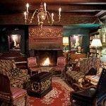 À l'hôtel le plus Vieux de Montréal se dégage un atmosphère calme et impassible.