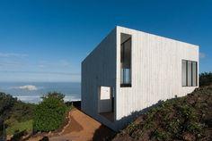 Kubus Haus-am Hang-auf Fels-gebaut