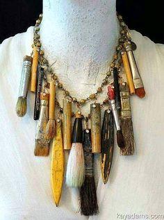 Paint brush necklace Jewelry Crafts, Jewelry Art, Antique Jewelry, Vintage Jewelry, Jewelry Design, Antique Necklace, Antique Silver, Gold Jewelry, Recycled Jewelry