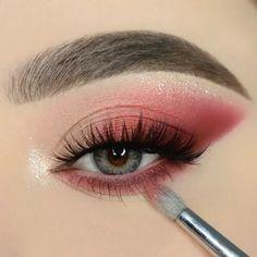 Peach Makeup, Bold Eye Makeup, Makeup Eye Looks, Creative Makeup Looks, Eye Makeup Art, Simple Eye Makeup, Pretty Makeup, Makeup Inspo, 3ce Makeup