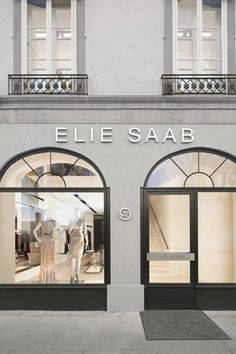 The Elie Saab Geneva store Elie Saab, Boutiques, Classic Decor, Casa Loft, Luxury Store, Luxury Homes, Luxe Life, Shop Fronts, Retail Design