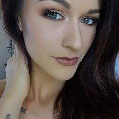 Simple yet beautiful #makeuplook #makeupideas #makeup #mua #makeupartist #makeupaddict #eyeshadow #tutorial #makeuptutorial  I hate the time put into individual lashes but I love the comfort