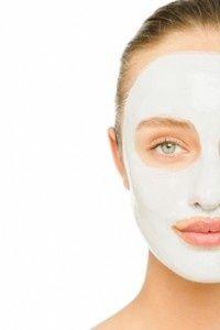 DIY moisturizing facial mask
