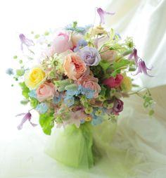 クラッチブーケ 鳳鳴館様の前撮りへの画像:一会 ウエディングの花