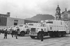 historia basuras bogotá Retro, Social Science, Bogota Colombia, Old Pictures, Palaces, Cities, Rustic