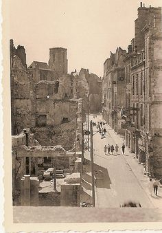 Saint-Malo, Août 1944. Region Bretagne, France, New York Skyline, Saints, The Past, Europe, In This Moment, Storyboard, Brittany