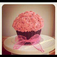 Large Novelty Valentines Cupcake. Personalise with message. by Kiss Me Cupcakes, via Flickr