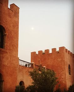 #live #sunset in #agadir #morocco #atlas #kasbah #atlaskasbah #atlaskasbahecolodge #ecolodge #ecotourism #tourism #sustainable #sustainabletourism #responsibletourism #casbah #Riad #castle #forteresse #fortress #chateau #berbere #amazigh #ecohotel #hotel