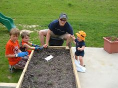 Our Box Garden - easy diy tips - Use repurposed wood to make this!