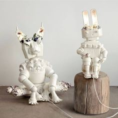 Robots made out of porcelain. Surprising right? These delicate products created by Matias Liimataiinen will amaze you no end. Know more in our Dec'15-Jan'16 issue. #products #robot #design #porcelain #elledecor #magazine