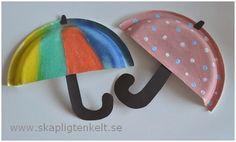 Dela en papptallrik på mitten och måla i fina färger. Klipp ut ett handtag och en liten topp ur svart kartong, så har du dig ett fint hö... Easy Crafts For Kids, Projects For Kids, Diy For Kids, Diy And Crafts, Autumn Crafts, Spring Crafts, Paper Plate Crafts, Paper Plates, Mini Craft