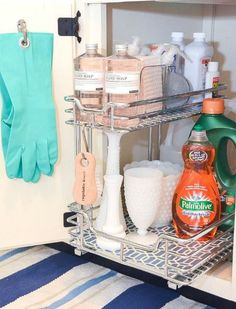 How To Organize Under The Kitchen Sink - fabulous ideas for tackling that hard to organize space! Kitchen organization, how to organize kitchen cabinets, under the sink, dollar store organizing ideas…More Under Kitchen Sink Organization, Under Kitchen Sinks, Under Sink Storage, Diy Kitchen, Home Organization, Kitchen Storage, Space Kitchen, Kitchen Ideas, Organize Under Sink