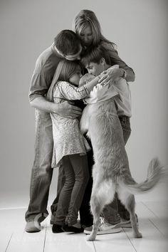 Fun Family Photos, Photos With Dog, Fun Family Portraits, Sacred Spirit, Animal Photography, Family Photography, Photography Tips, Equine Photography, Children Photography