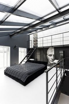 http://www.reddit.com/r/RoomPorn/comments/1s9hb4/modern_black_white_bedroom_480x720/