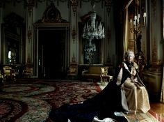 The Queen in the White Drawing Room at Buckingham Palace in 2007. Photograph by Annie Leibovitz.