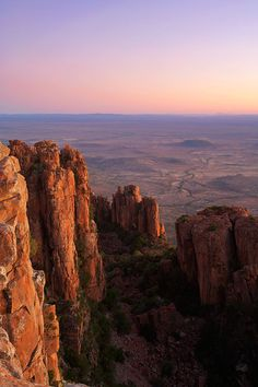 landscape photograph of sunset over the karoo from atop the valley of desolation - South Africa