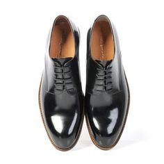 Groom - shoes