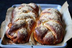 Una treccia super morbida e super buona! http://menuperdue.blogspot.it/2015/01/treccia-brioche-ricetta-buonissima.html