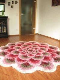 vintage flower rug - would love this in my bedroom