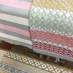 Touhua  ja töminää Rag Rugs, Weaving Patterns, Recycled Fabric, Woven Rug, Scandinavian Style, Handicraft, Carpets, Loom, Pattern Design