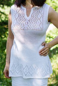 Knitwear Fashion, Knit Fashion, Sweater Fashion, Knitting Machine Patterns, Knit Patterns, Pullover Mode, Mode Outfits, Pulls, Baby Knitting