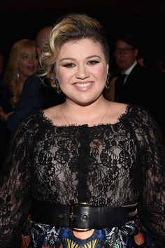 Kelly Clarkson And Husband Brandon Blackstock Welcome Son; What Is Their Baby Boy's Name? #news #fashion