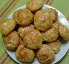 Φαγητό Archives - Page 5 of 131 - idiva. Greek Appetizers, Appetizer Recipes, Savoury Baking, Savoury Dishes, Greek Recipes, Light Recipes, Easy Cooking, Cooking Recipes, Almond Flour Recipes