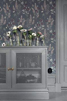 Welcome to Sandberg Wallpaper. We are a Swedish design company specialising in designer wallpaper and home accessories. Visit our site to browse the full collection of Sandberg wallpapers and find your nearest stockist. Hallway Wallpaper, 4 Wallpaper, Bedroom Wallpaper, Inspirational Wallpapers, Swedish Design, Steel Doors, Built In Storage, Decoration, Interior Inspiration