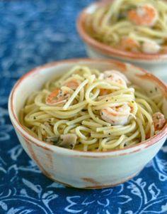 Garlic Shrimp Pasta Recipe - Genius Kitchensparklesparkle