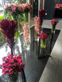 Travel | Royal Sonesta Boston - DANDY | Shop Dandy Blog | Just Dandy by Danielle Dandy, Fresh Flowers, Perfect Place, Boston, Glass Vase, Florida, Contemporary, Shop, Travel