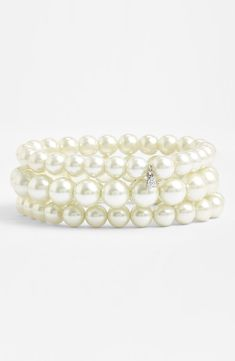Such a beautiful three strand pearl bracelet.