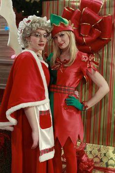 2 Broke Girls (2011) Photos with Kat Dennings, Beth Behrs