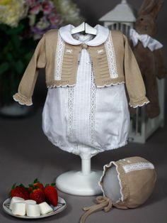 Chaqueta tierra con encajes Paz Rodriguez de Bebe   Les Bébés