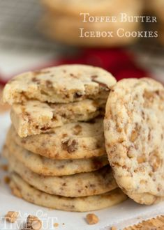 just six ingredients away from these glorious, melt in your mouth, Toffee Butter Icebox Cookies! Deliciously buttery and perfectly rich, this easy cookie recipe is the perfect dessert for any day! // Mom On Timeout Freezable Cookies, Easy Cookie Recipes, Cookie Desserts, Yummy Cookies, Just Desserts, Dessert Recipes, Giant Cookies, Holiday Baking, Christmas Baking
