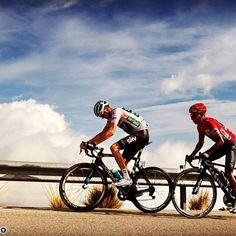 Tour of Spain 2016 Chris Froome Nairo Quintana road cycling Chris Froome, Bike Rider, Road Cycling, Bicycle, Tours, Sport, Life, Beautiful, Cycling