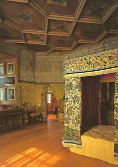 Who is haunting Mary, Queen of Scots' Bedchamber at the Royal Palace of Holyroodhouse Edinburgh Scotland