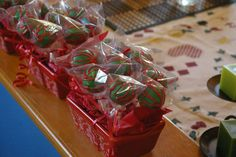 Christmas Cake Pops (gifts)