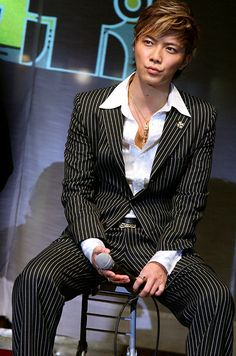 "Narimiya Hiroki (成宮 寛貴) at a fan meeting for his 2009 movie ""Lala Pipo"" (ララピポ)"