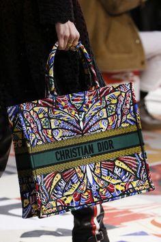 Christian Dior Fall 2018 Ready-to-Wear Fashion Show Details