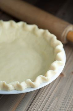 This Best Ever Gluten Free Pie Crust changed my life. It's easy, handles just as pie crust should, and will make you weep tears of joy! http://www.mamagourmand.com