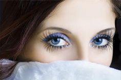 Home Remedies For Eyelash Growth. Application of castor oil, almond oil or olive oil with the use of cotton balls on the eyelashes before going to sleep at night can help in eyelash growth. Beauty Care, Diy Beauty, Beauty Skin, Beauty Makeup, Beauty Hacks, Hair Makeup, Eye Makeup, Beauty Ideas, How To Grow Eyelashes