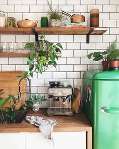 Coffee for us, water for the plants! A good start of the day! ☕️ by @emilyjanelathan #urbanjunglebloggers