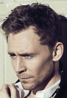 Tom Hiddleston for Flaunt Magazine. Full size [UHD]: http://imgbox.com/acoREEkJ