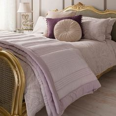 Gallery Ashby Quilted Bedspread, Heather 100% polyester and cotton velvet border