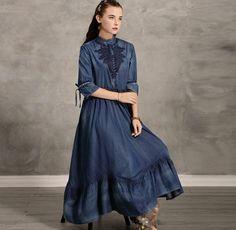 Rochia de blugi este un must-have. Kalimeramark.ro este o stare de bine. Fii deosebita, indrazneste! #rochii #rochiidenim Outfit Of The Day, Fii, Fashion Dresses, Jeans, Street Style, Stylish, Cute, Outfits, Shopping