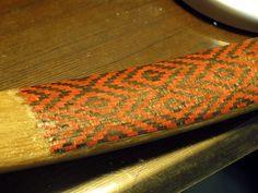 Making of a mosaic patterned Manchu bow Archery Thumb Ring, Traditional Archery, Thumb Rings, Mosaic Patterns, Bows, How To Make, Faith, Archery, Arches