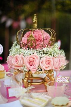 Gold and pink floral princess themed centerpieces.  | Invitations by Ajalon | Stay on Trend – Popular Quinceañera Themes